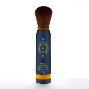 mineral_sunscreen_brush_1024x1024
